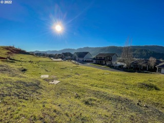 797 NORTH VIEW DR 53, Winchester, OR 97495 - Image