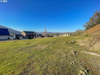 775 NORTH VIEW DR 54, Winchester, OR 97495 - Image
